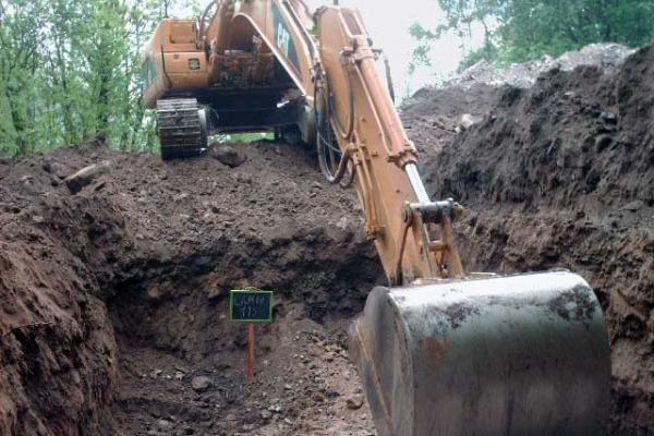 scavo-meccanico-d-accertamentoF79794E4-2382-A2D3-33EF-2DA5CC01CBEA.jpg
